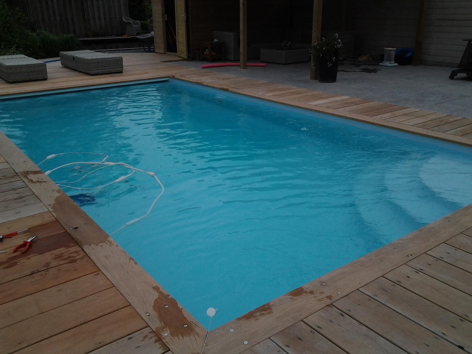 Zelf zwembad bouwen met 15 jaar ervaring for Zelf zwembad maken