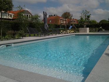 Aquavivenda levert zwemspa 39 s spa 39 s onderhoudscontracten for Inbouw zwembad compleet